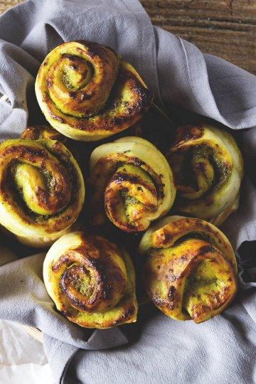 Pesto-Brötchen