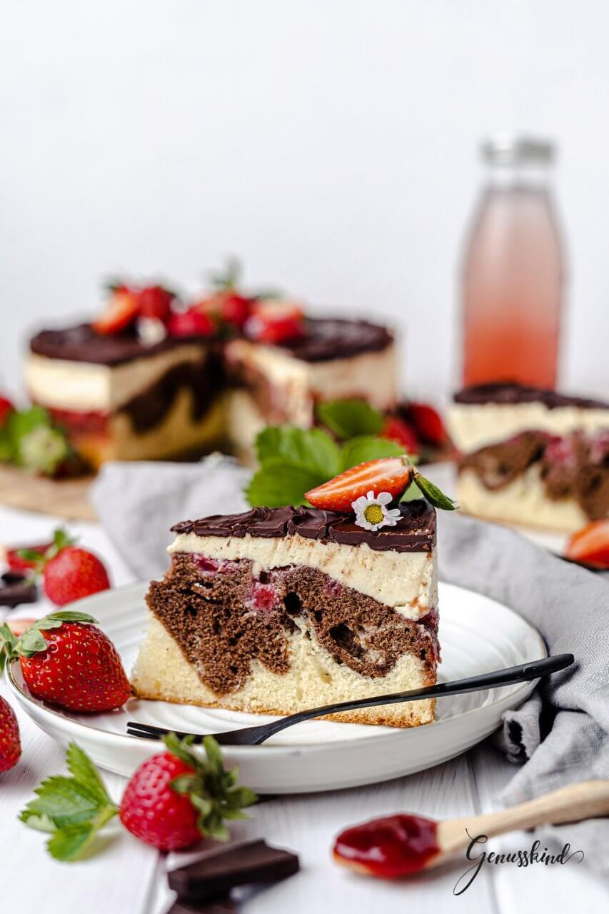 erdbeer-donauwellen-torte2