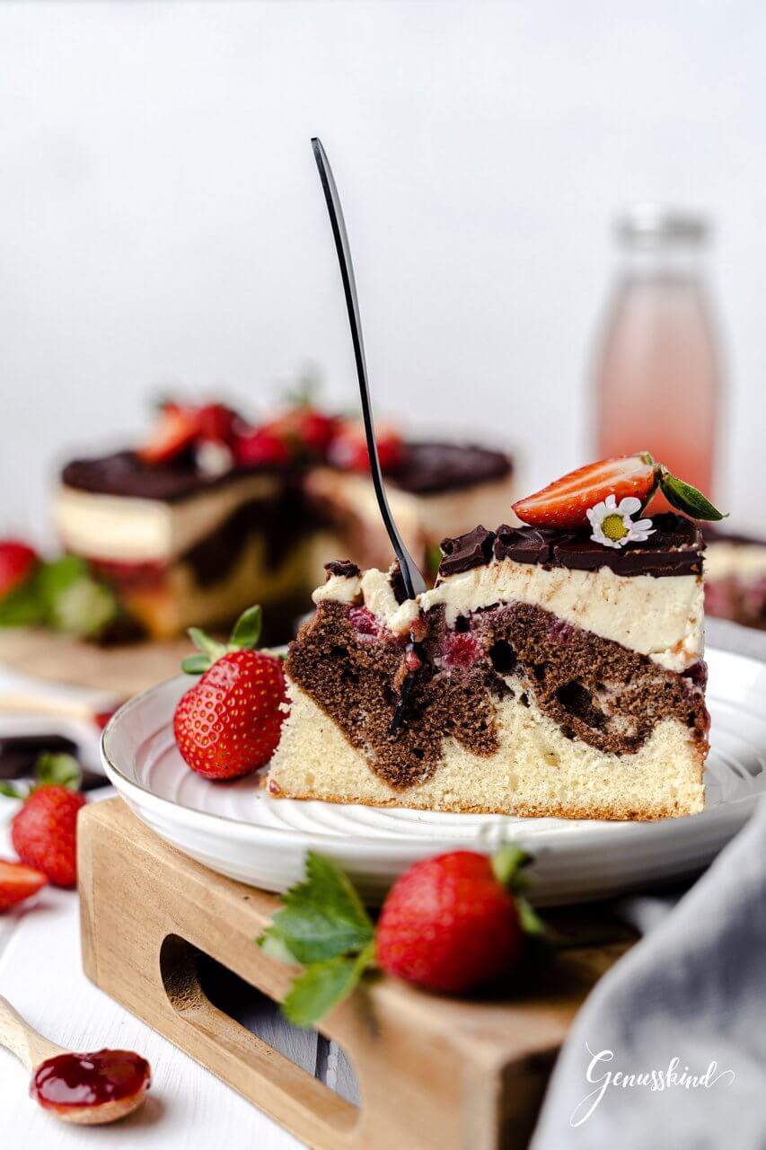 erdbeer-donauwellen-torte3