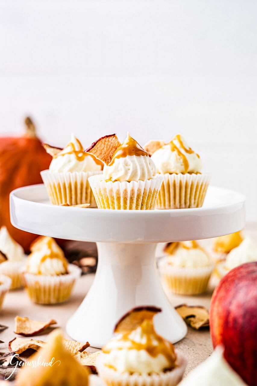 Apfel-Kürbis Cupcakes mit Karamell